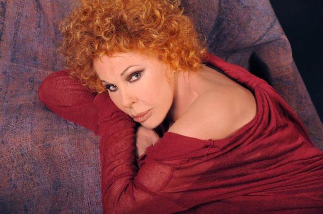 Auguri Ornella Vanoni: per gli 80 anni si regala un triplo cd