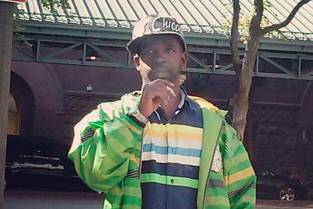 Il rap di un senzatetto diventa virale e un'etichetta gli produce l'album (VIDEO)