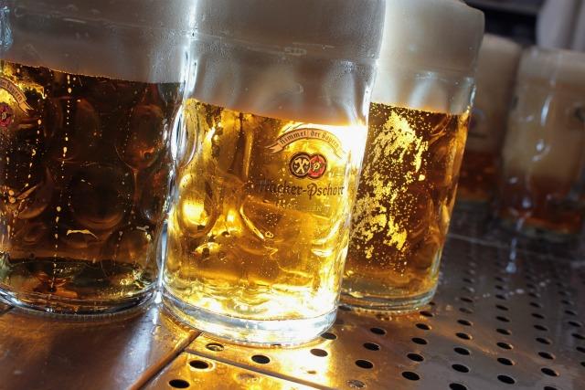 Più intelligenti grazie all'alcol?