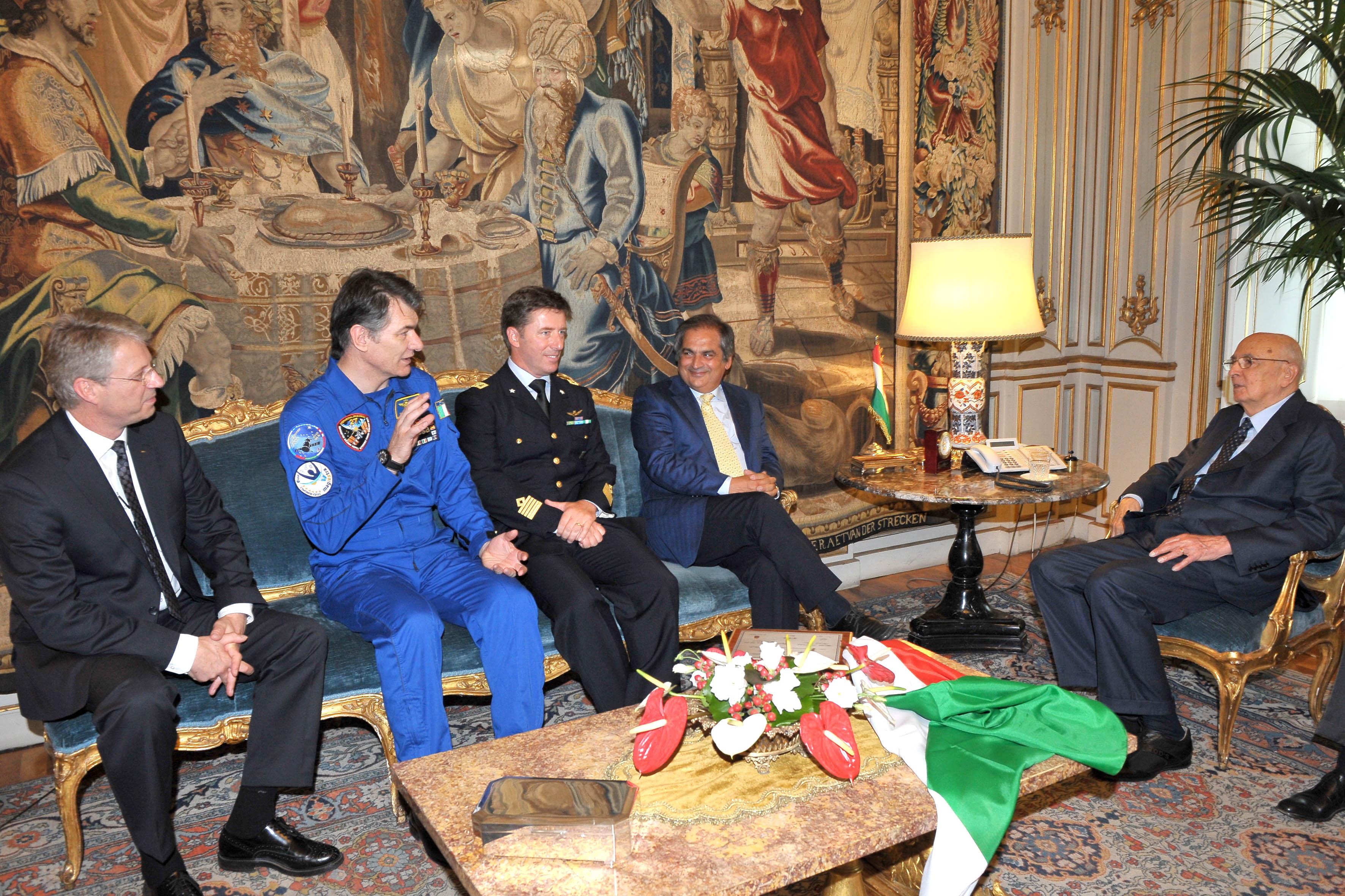 La malapolitica dello spazio: il governo contro l'Agenzia spaziale