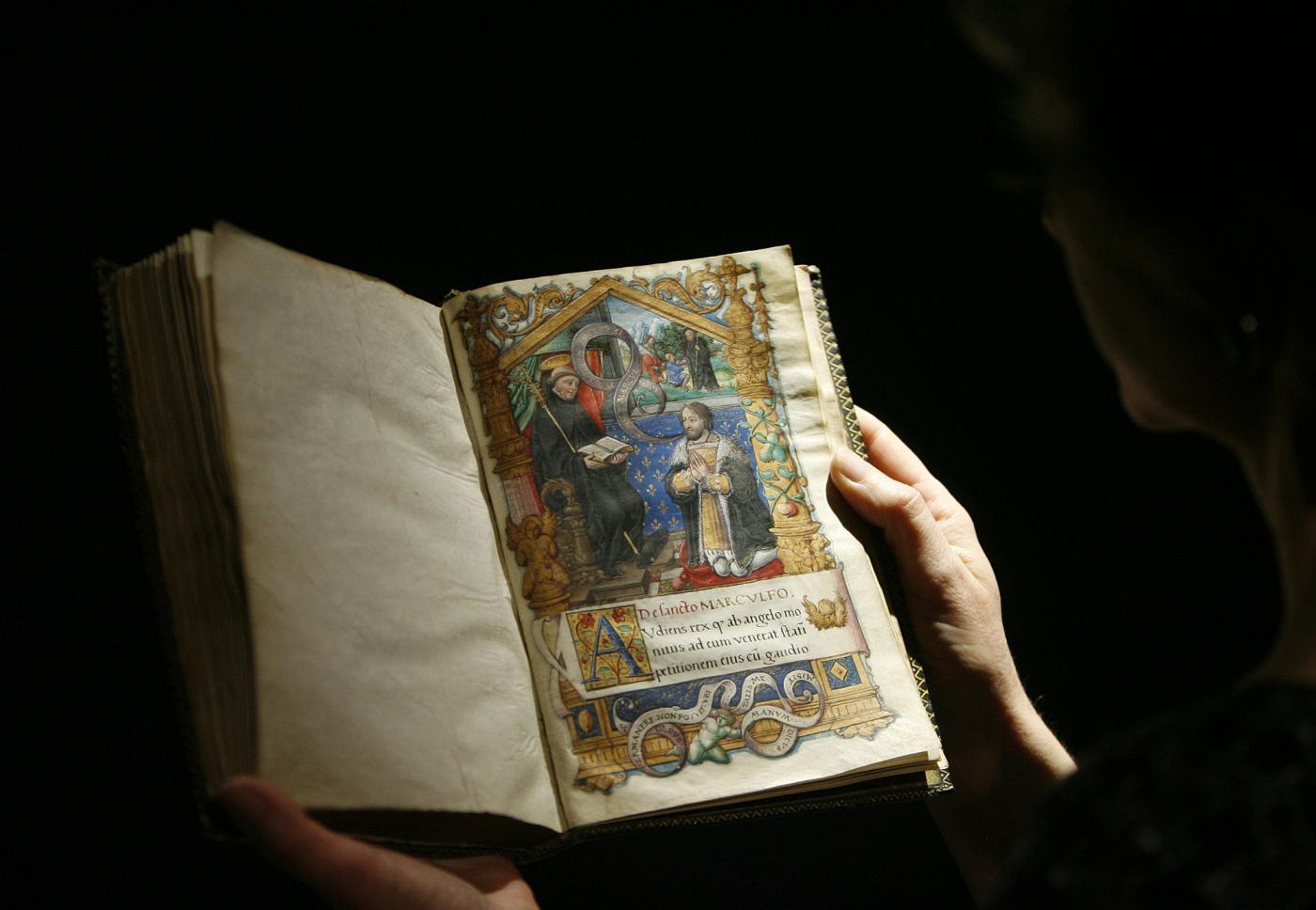 La vita segreta del Medioevo nascosta tra le pagine dei libri
