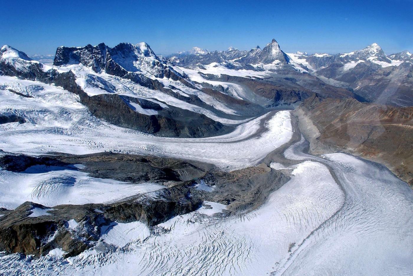La calda estate dei ghiacciai alpini