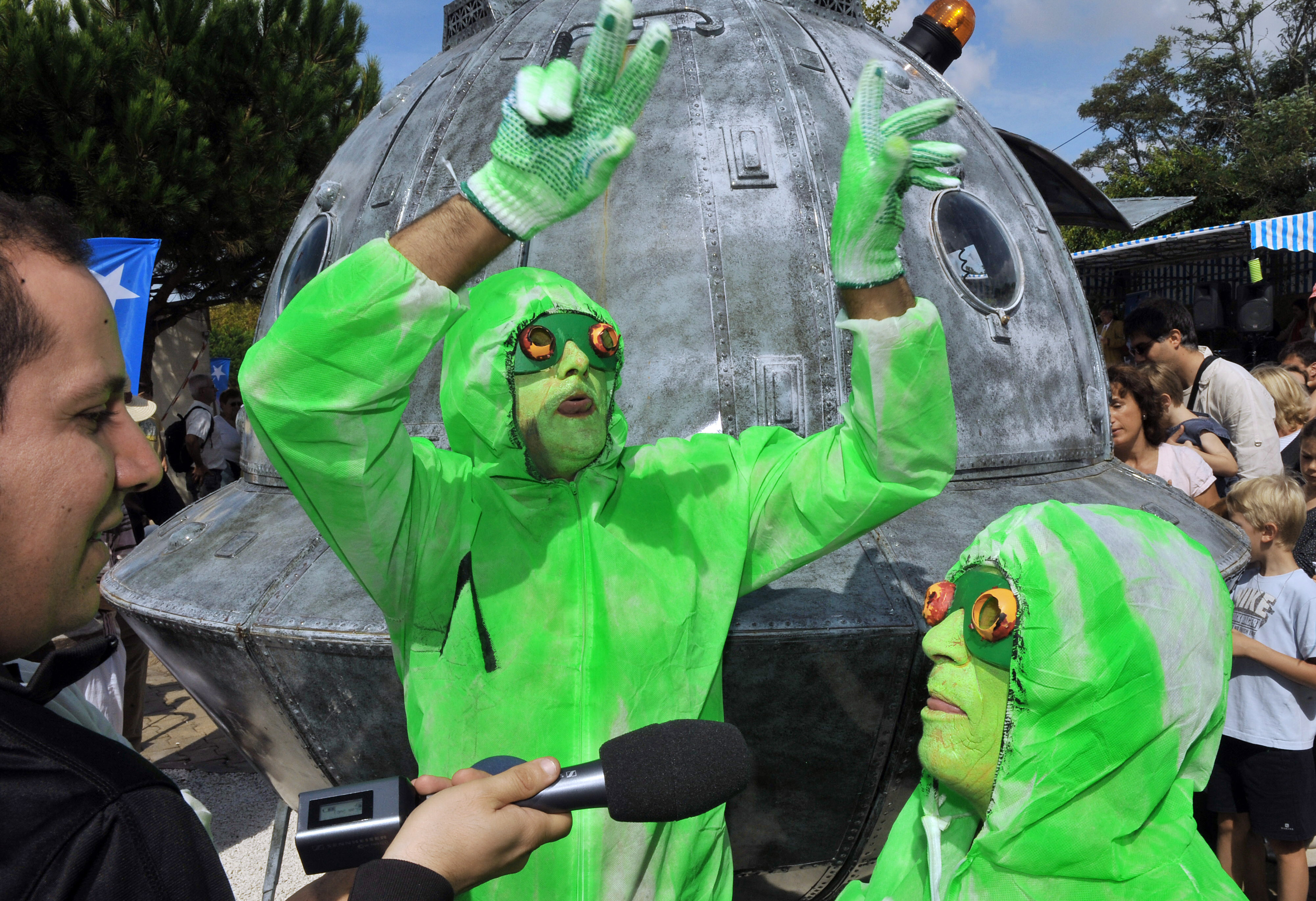 Parlamentari extraterrestri: un'interrogazione al governo sugli UFO