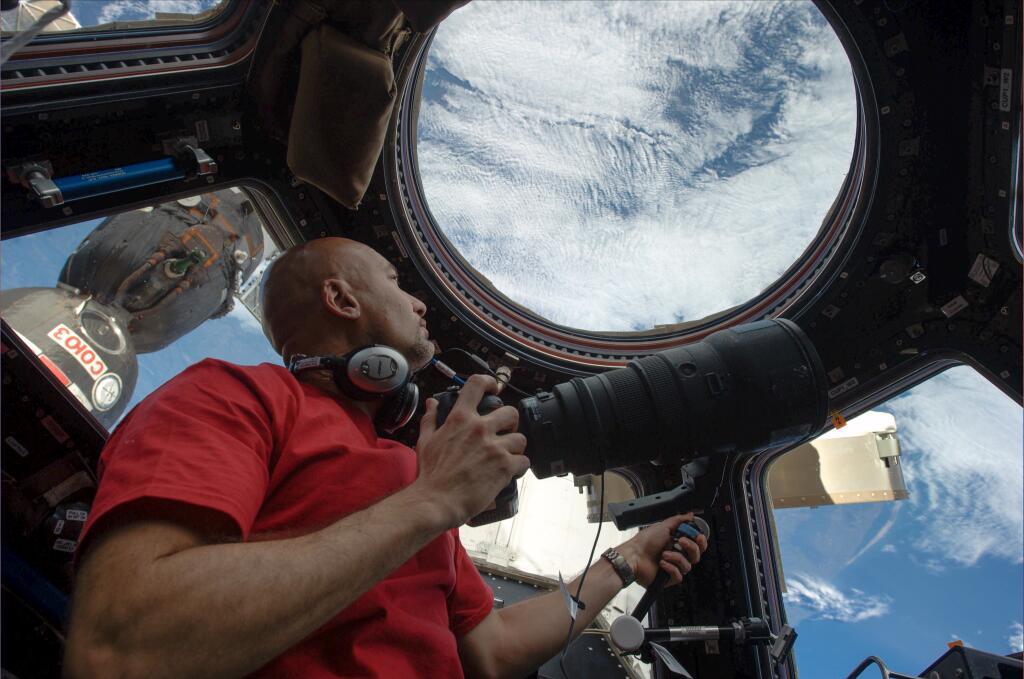 """Parmitano dalla Stazione spaziale: """"6 mesi non saranno mai abbastanza"""" (FOTO)"""