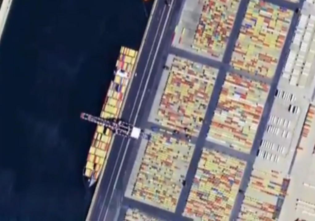 Occhiali speciali per non vedenti, entro il 2020 partiranno 30 satelliti (VIDEO)