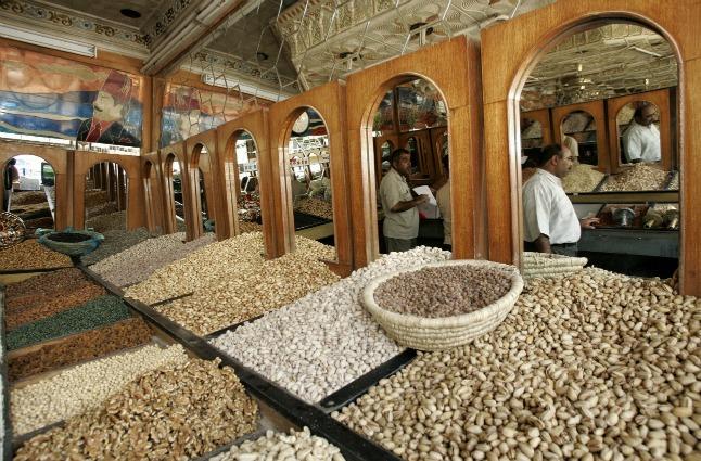 Mangiare noci ed arachidi allunga la vita