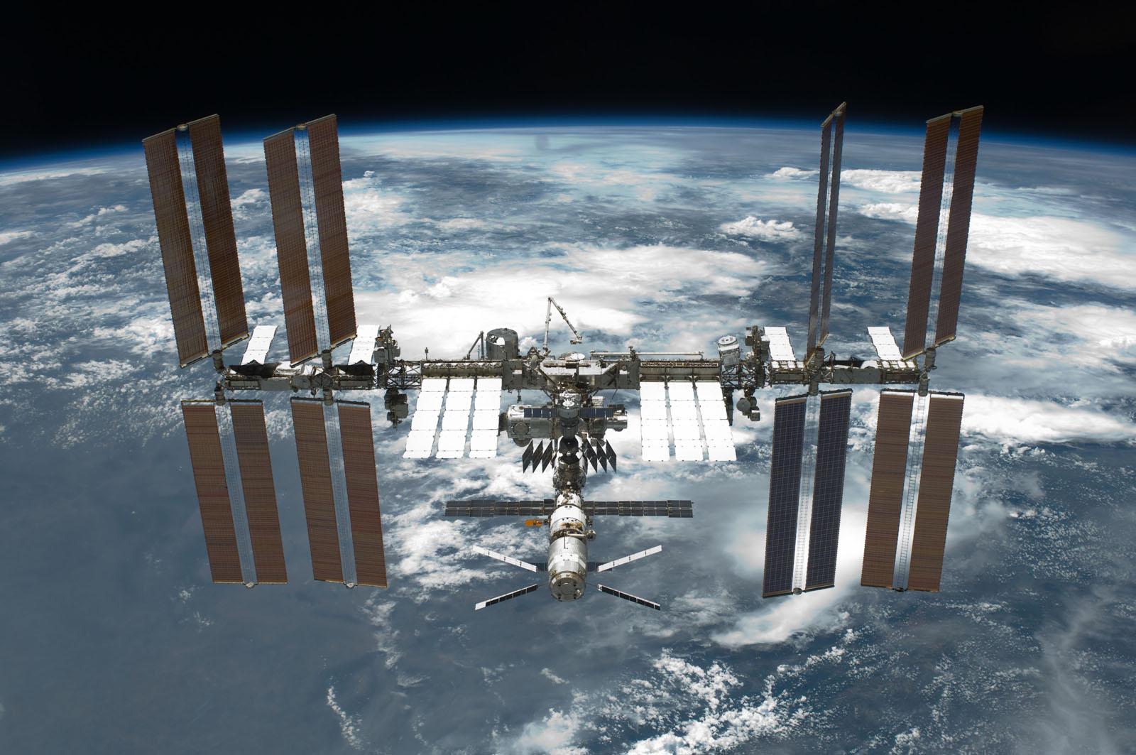 Rappresaglia in orbita: la Russia non fornirà i razzi per raggiungere la ISS