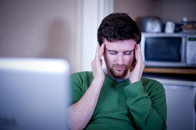 Lavorare meno, lavorare tutti: la soluzione del professore a stress e ansia