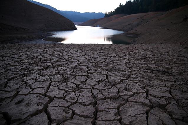 Cinque mesi senza acqua corrente: emergenza siccità in California