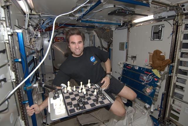 Spazio, la vita degli astronauti a bordo della Stazione Spaziale Internazionale