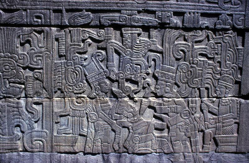 Sacrifici umani nel mondo dei Maya: nuove scoperte dall'archeologia