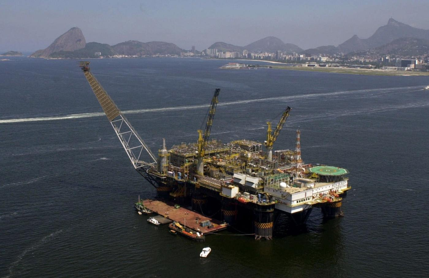 Brasile, incidente in un pozzo petrolifero