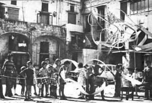 RICCARDO DALISI,ANIMAZIONE CON GLI STUDENTI DEL GRUPPO VICOLO A PONTICELLI, NAPOLI.1975