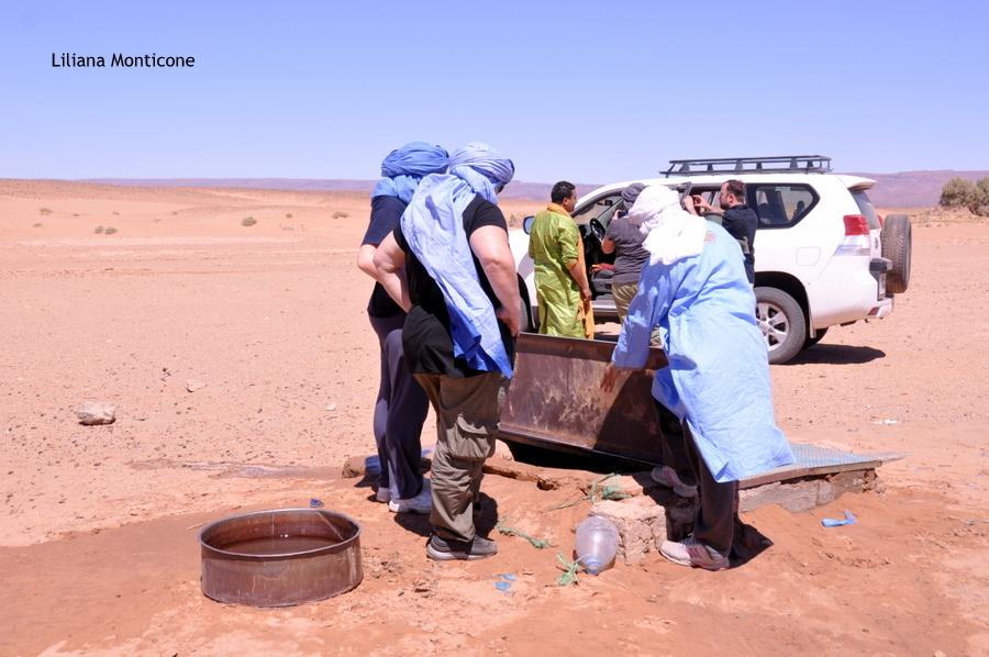 marocco deserto del sahara pozzi d'acqua