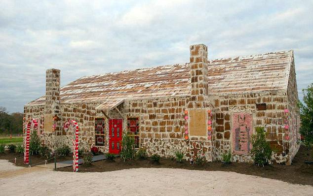 Come creare in casa delle caramelle rosse alla liquirizia for Casa di caramelle