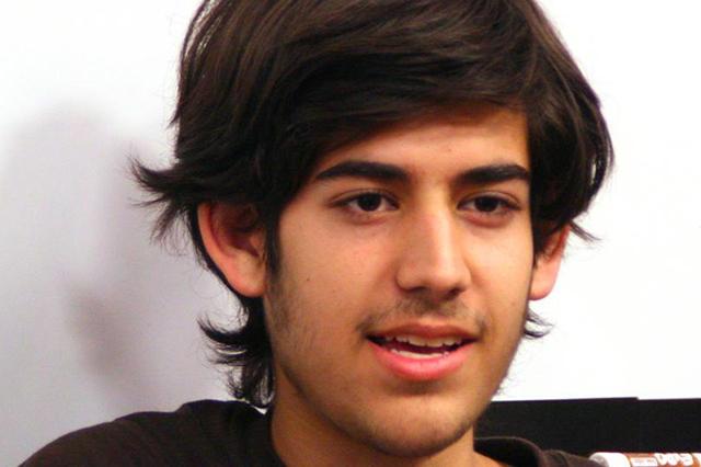 """Aaron Swartz, un blogger rivela: """"Spiato e pedinato dall'FBI"""""""