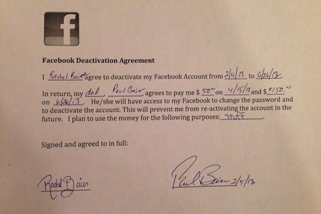 "Accordo padre-figlia, ""200 dollari se rinunci a Facebook"""