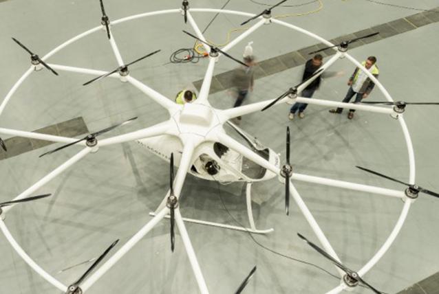 E-volo: il primo elicottero elettrico a 18 eliche [VIDEO]