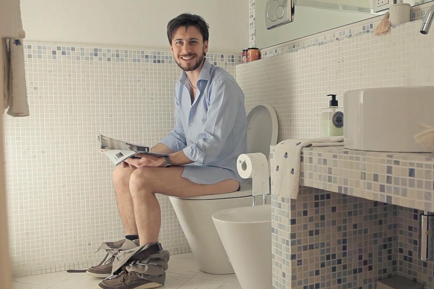 Sei in strada e devi andare in bagno? C'è un'app per te (VIDEO)