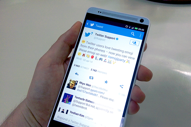 Twitter, arriva il supporto delle emoji da web