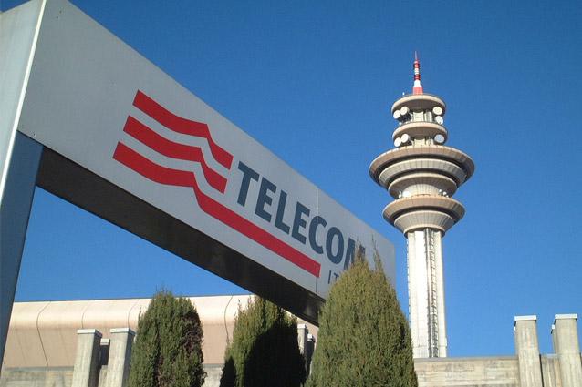 Telecom Italia, niente più scatto alla risposta ma canone più costoso