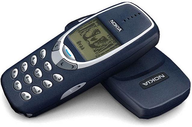 Il 12% degli utenti comprerebbe ancora cellulari Nokia