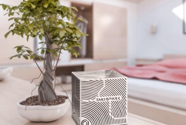 Emospark, un cubo in grado di riconoscere e riprodurre le emozioni umane