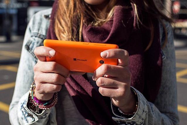 Lumia 535, presentato il primo smartphone Microsoft Lumia [VIDEO]