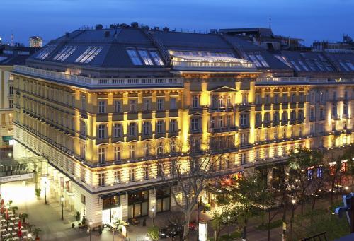 Nelle prenotazione on-line gli hotel a 4 stelle vincono sulle strutture minori