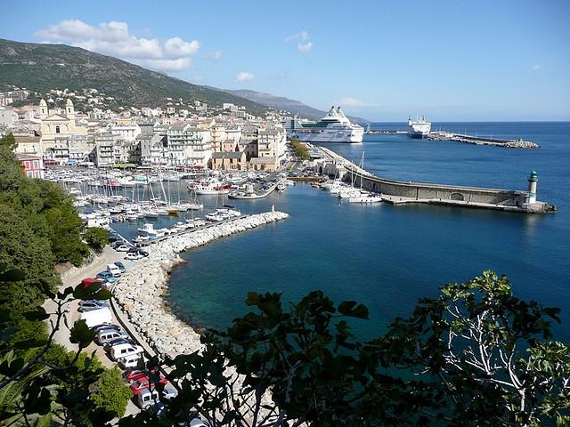 Auto, treno o areo? Vedi come arrivare in Corsica - Lonely ...