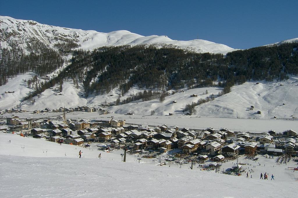 Livigno, sulle vette dell'Italia il centro di divertimenti invernale più caldo