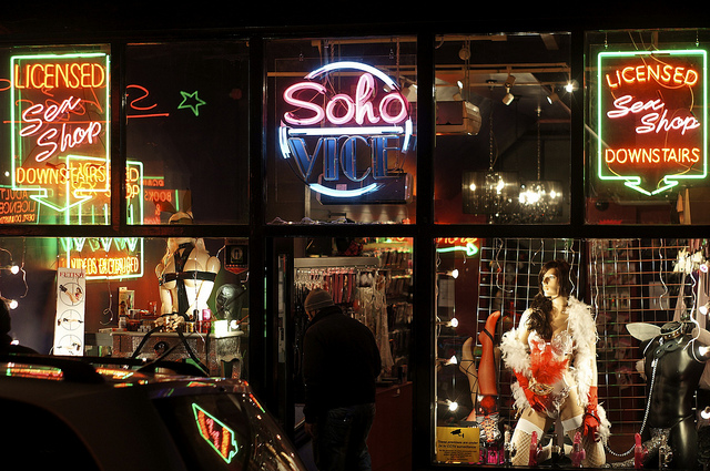 London Sex Center 87