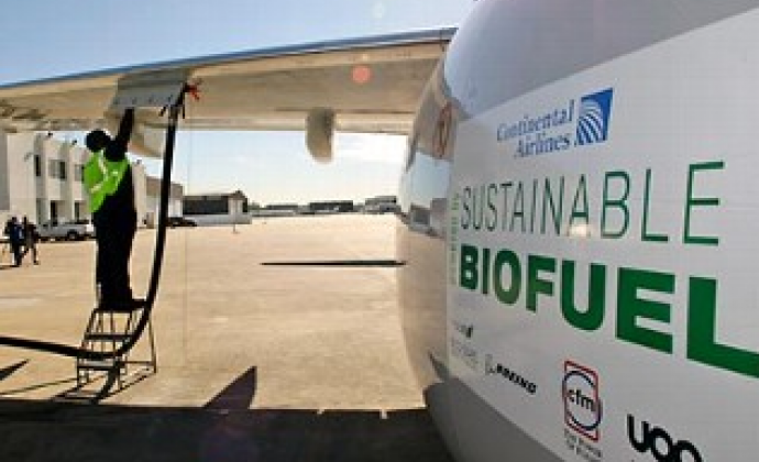 L'olio da cucina diventa carburante in un volo di linea intercontinentale
