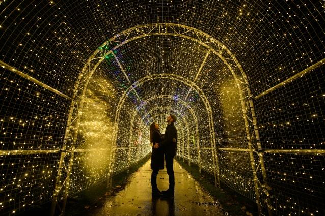 Natale 2014: le 15 luminarie più belle del mondo