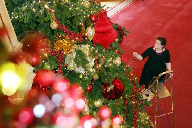 Albero Di Natale Con Decorazioni Blu : Albero di natale idee originali e decorazioni fai da te foto