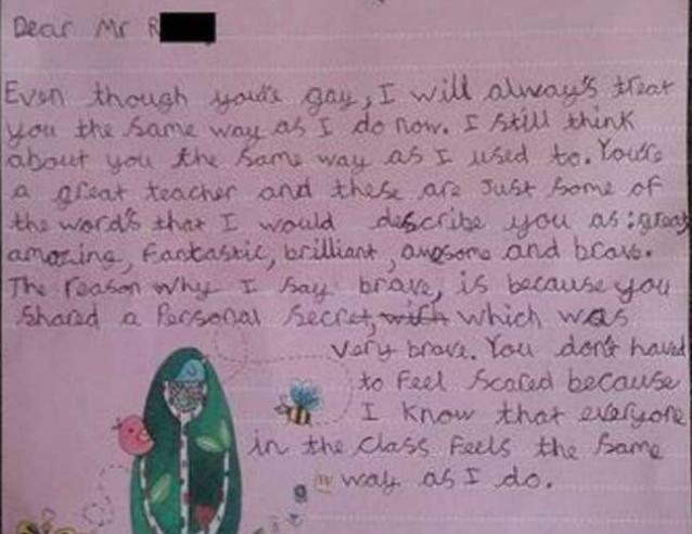 """""""Non avere paura"""": la lettera del bambino al maestro gay commuove il web"""