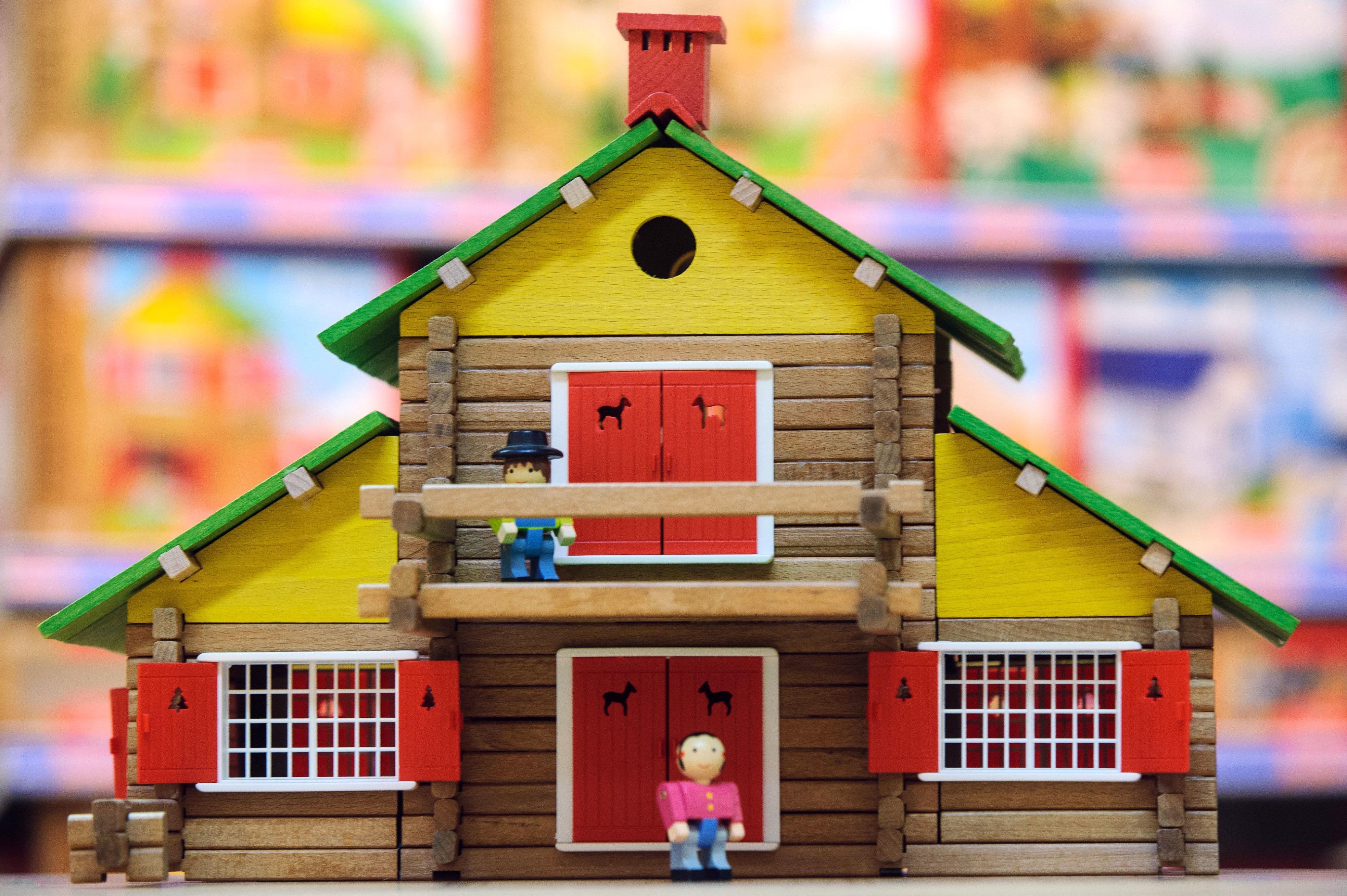 Ravensburger acquista Brio e rilancia la moda del giocattolo tradizionale