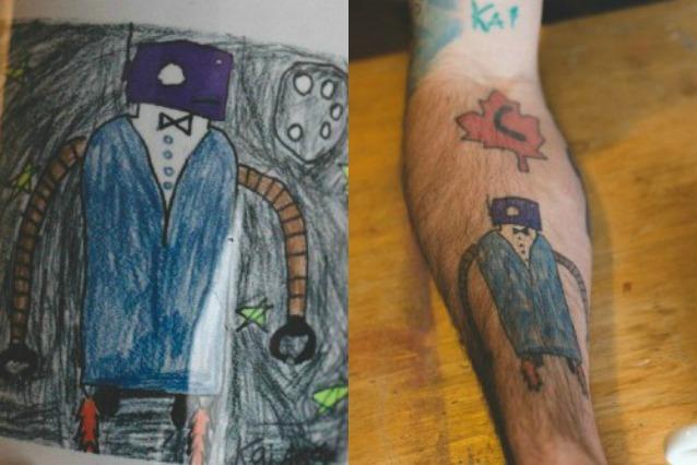 Si tatua i disegni del figlio sul braccio: così ricorderà per sempre la sua infanzia (FOTO)