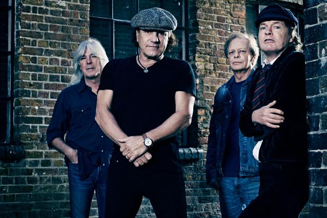 Gli AC/DC in Italia a luglio: la band australiana infiammerà Imola
