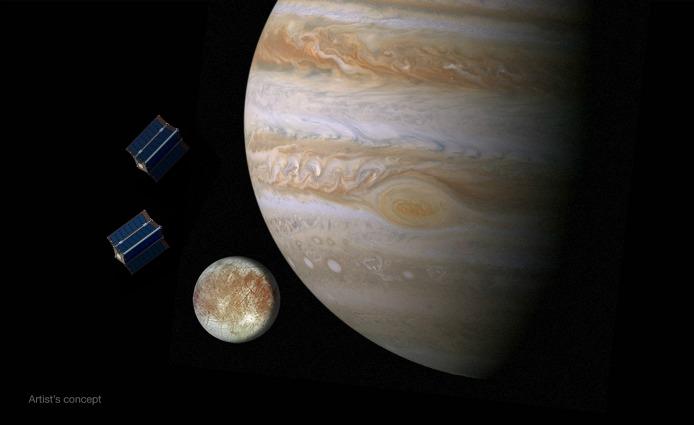 Vita nell'Universo, la NASA la cercherà su Europa