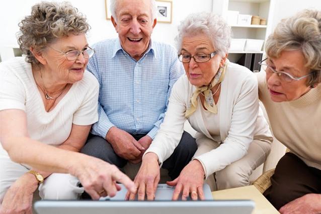Internet ed i social network fanno bene agli anziani
