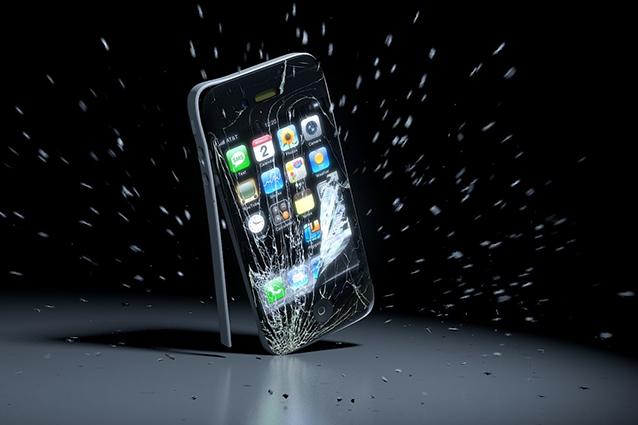 Apple brevetta un sistema per ridurre i danni da caduta dell'iPhone