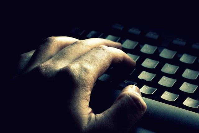 Blitz per pedopornografia: 38 arresti, 2 mila siti web nella black list della polizia
