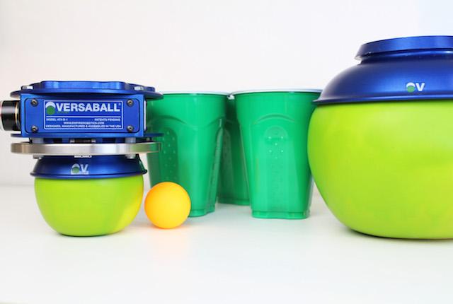Versaball, il braccio robotico che gioca (e vi batte) a Beer Pong